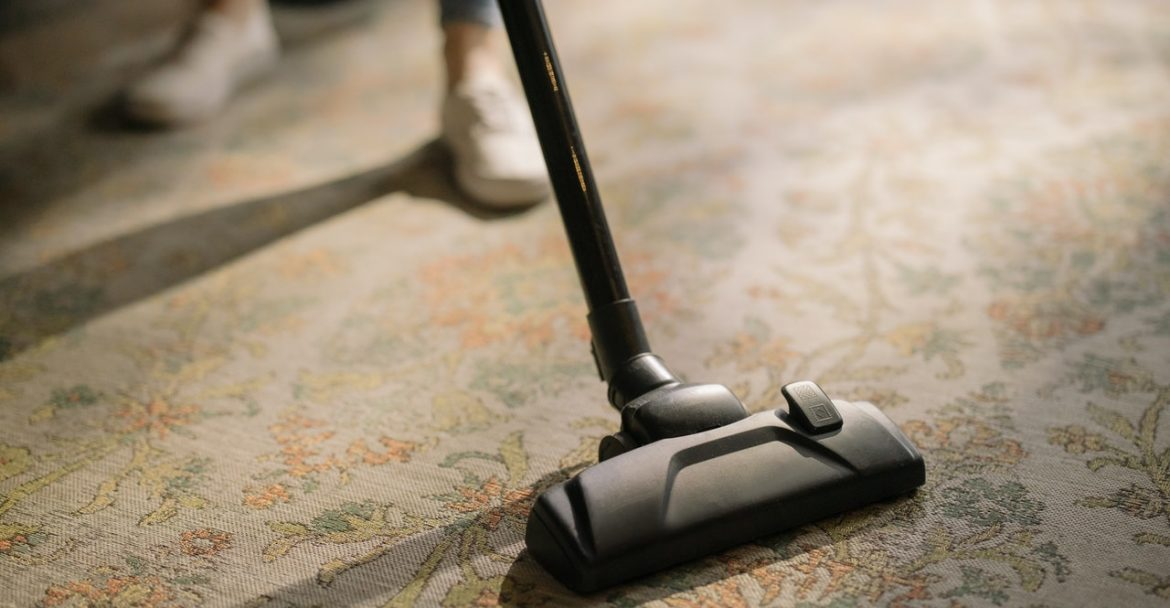 Vacuum Maintenance 101: 5 Tips to Keep Yours Working